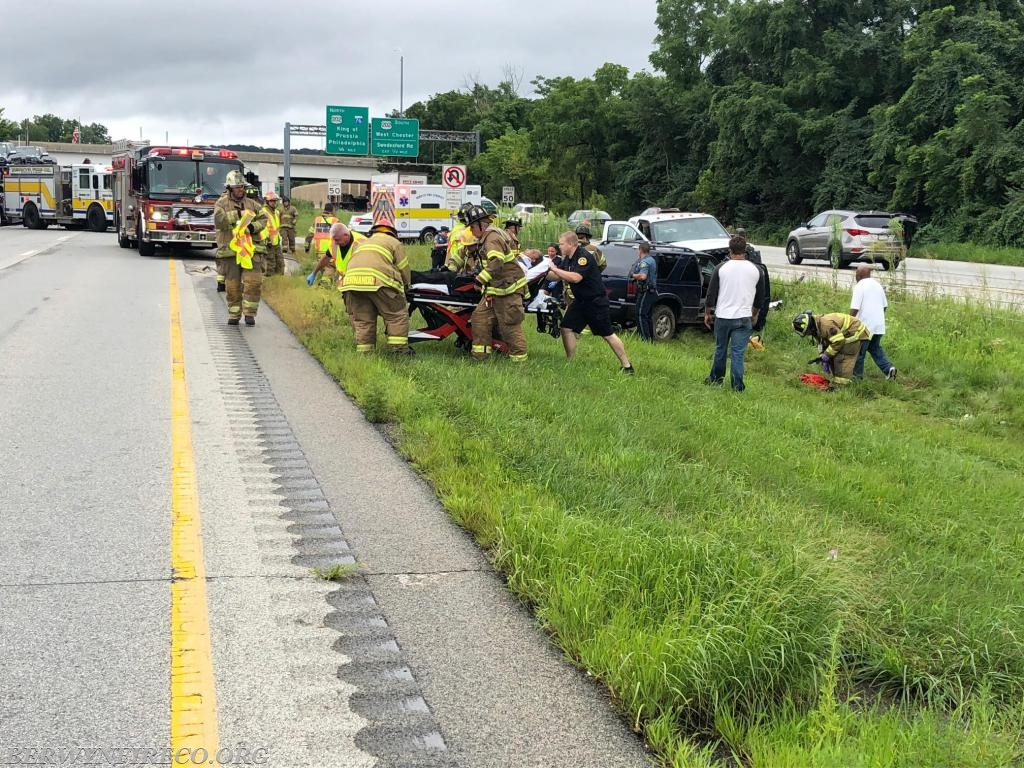 Berwyn crews operate with King of Prussia Volunteer Fire Company volunteers on a motor vehicle collision with fire on WB 422.